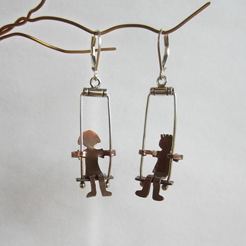 Swinging Children earrings