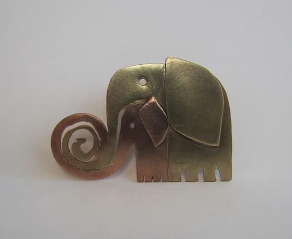 Elephants pin
