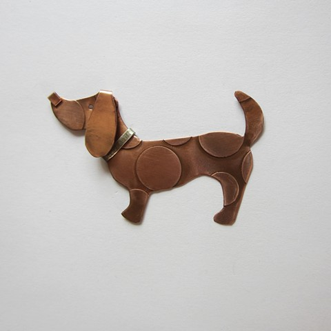 Spotted Dog with Silver Collar pin