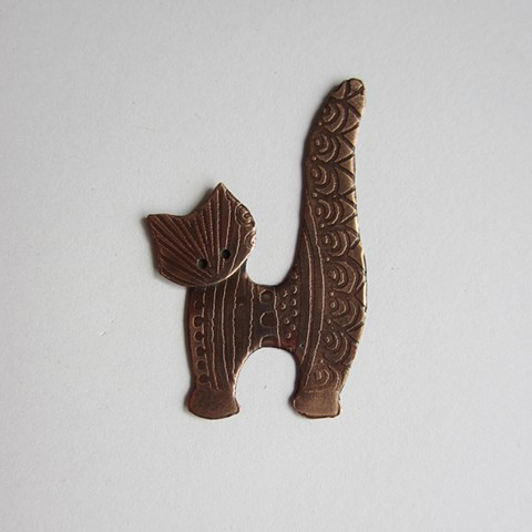 Etched Kitten pin