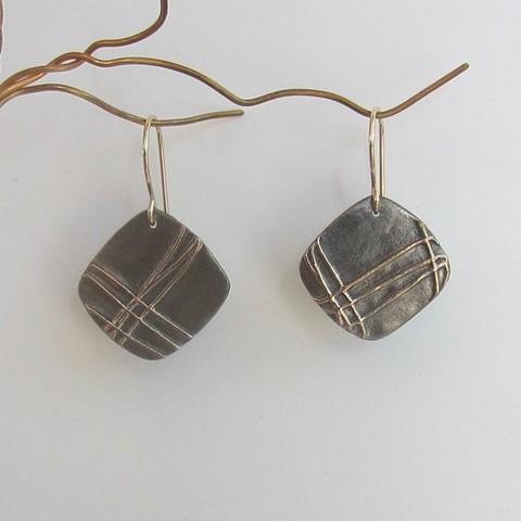 Golden Wires earrings