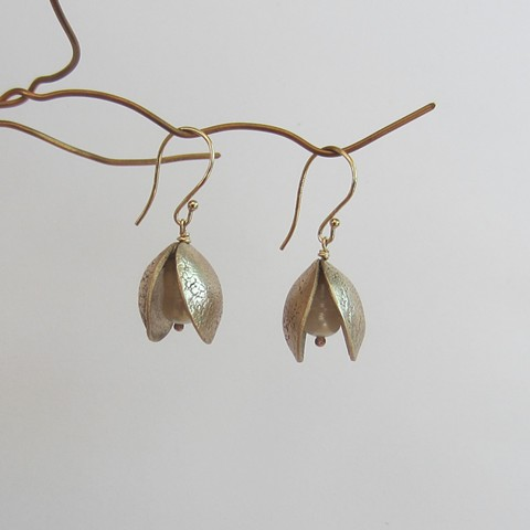 bronze metal clay earringswith fresh-water pearl, inspired by nature