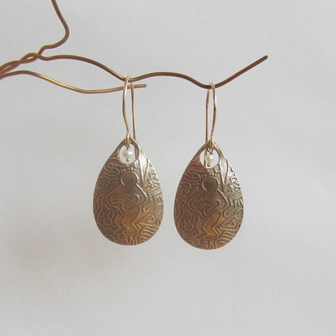 Maternity earrings