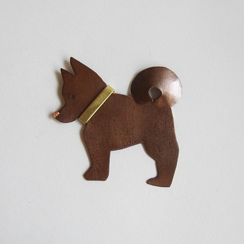 Dog with Collar pin