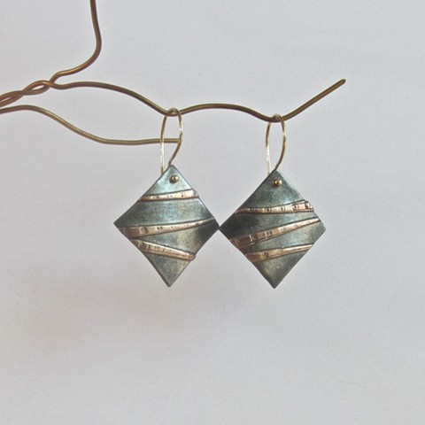 Copper Stipes Square earrings