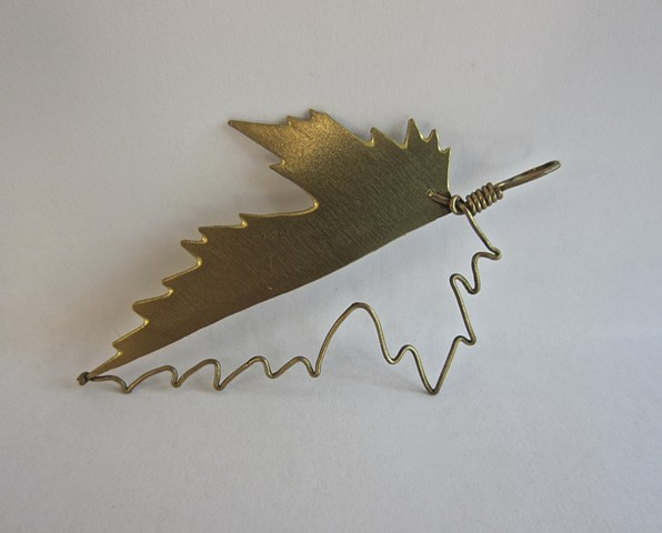 Leaf pin (can also be worn as a pendant)