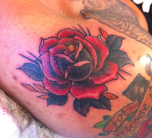 traditional old school rose tattoo by Sadie Kennedy, Rose Golds Tattoo, San Francisco