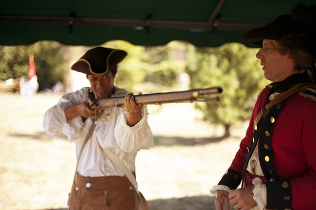 Battle of Brooklyn (Learning to shoot a musket from a Redcoat)