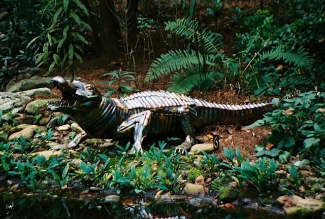 Bronze Alligator sculpture by Thomas Prochnow