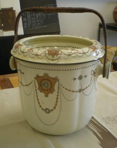 Royal Doulton Bathroom Pot