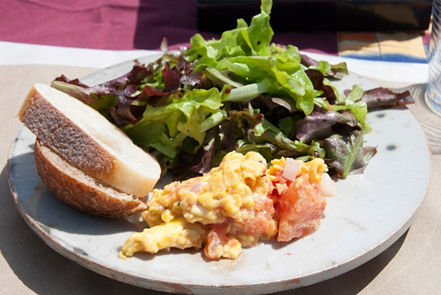 Polyculture - scrambled eggs/ onions/ mushrooms/ tomatoes/ chives with green salad