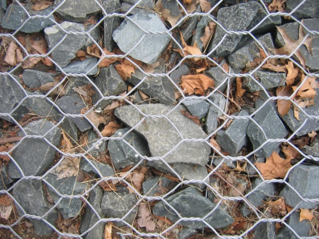 Rocks & Wire
