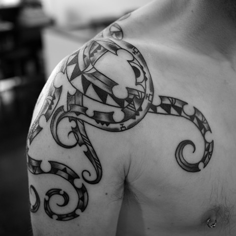 front tribal octopus