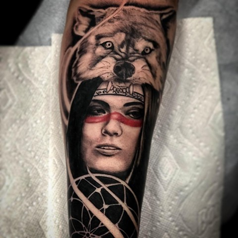 Woman With Wolf Headdress Tattoo By Romeo Ostiguy Black And Grey With Color Black Gold Tattoo Co