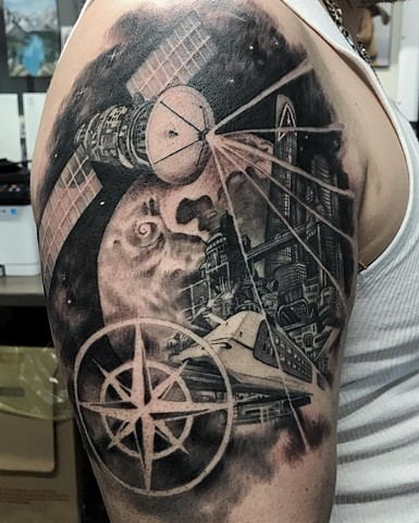 Sci-Fi Tattoo By Alan Coates Black And Grey Black Gold Tattoo Co