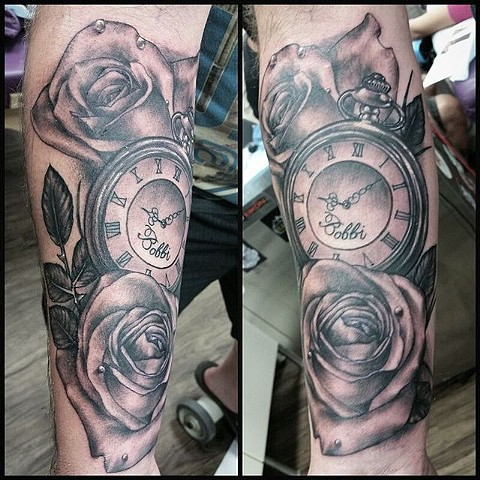Roses And Pocket Watch Tattoo By Ashley Hoff Black And Grey Black Gold Tattoo Co
