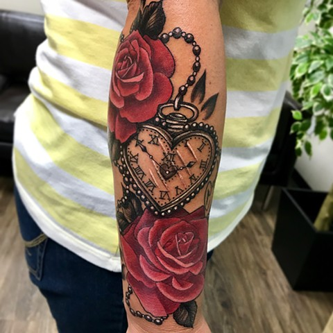 Roses And Clock Tattoo By Jess Alther Color Black Gold Tattoo Co