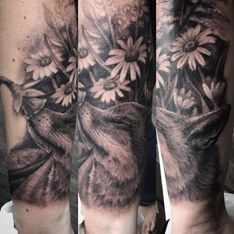 Fox And Flowers Tattoo By Steve Hayes Black And Grey Black Gold Tattoo Co