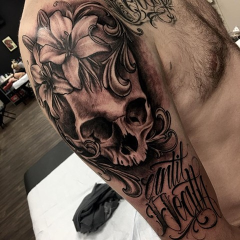 Skull, Lily And Script Tattoo By Romeo Ostiguy Black And Grey Black Gold Tattoo Co