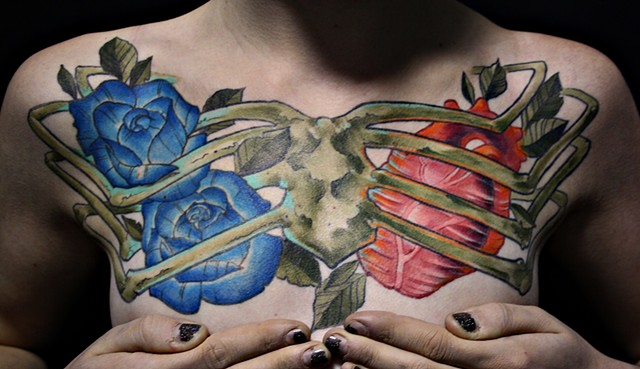 Rib Cage With Heart And Roses Tattoo By Chad Clothier Color Black Gold Tattoo Co