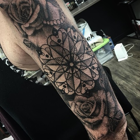 Mandala And Roses Tattoo By Romeo Ostiguy Black And Grey Black Gold Tattoo Co