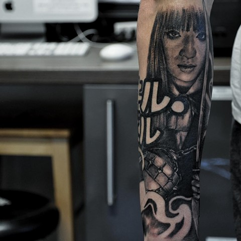Kill Bill Characters And Weapons Tattoo By Alan Coates Black And Grey Black Gold Tattoo Co