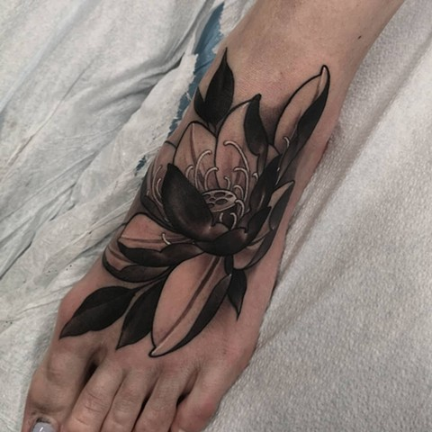 Lotus Tattoo By Sasha Roussel Black And Grey Black Gold Tattoo Co