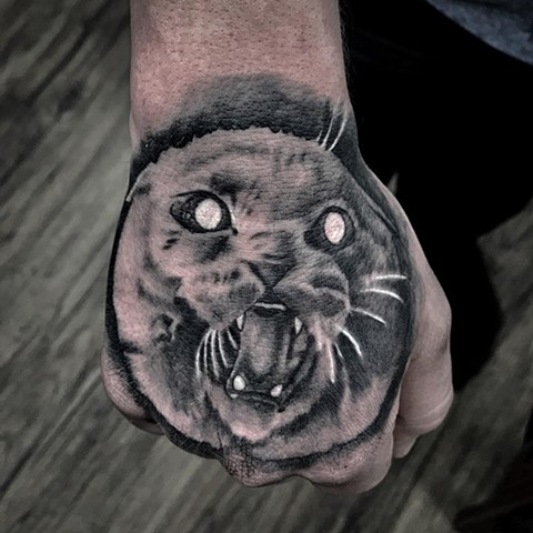 Cat Tattoo By Romeo Ostiguy Black And Grey Black Gold Tattoo Co 2019