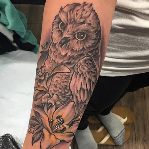 Owl And Lily Tattoo By Sarah Michelle Black And Grey With Color Black Gold Tattoo Co