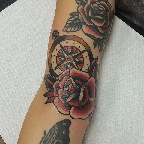 Traditional Compass And Rose Tattoo By Spencer Evans Color Black Gold Tattoo Co