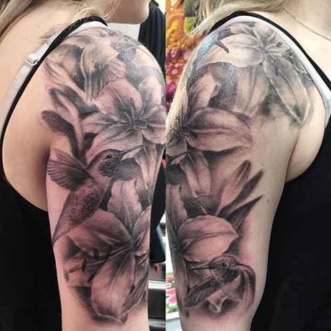 Lilies And Hummingbird Tattoo By Steve Hayes Black And Grey Black Gold Tattoo Co
