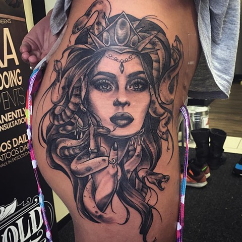 Medusa Tattoo By Sarah Michelle Black And Grey Black Gold Tattoo Co