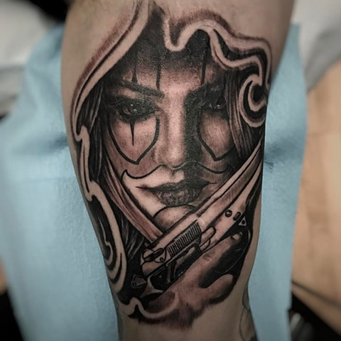Lady With Gun Tattoo By Alan Coates Black And Grey Black Gold Tattoo Co