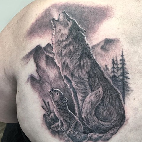 Wolves Howling Tattoo By Steve Hayes Black And Grey Black Gold Tattoo Co