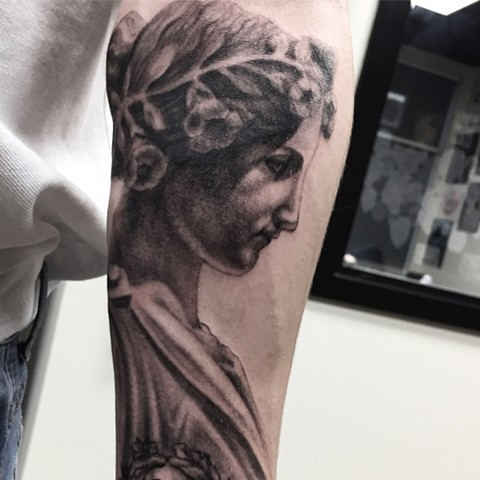 Statue Tattoo By Steve Hayes Black And Grey Black Gold Tattoo Co