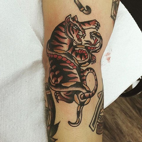 Traditional Tiger And Snake Tattoo By Spencer Evans Color Black Gold Tattoo Co