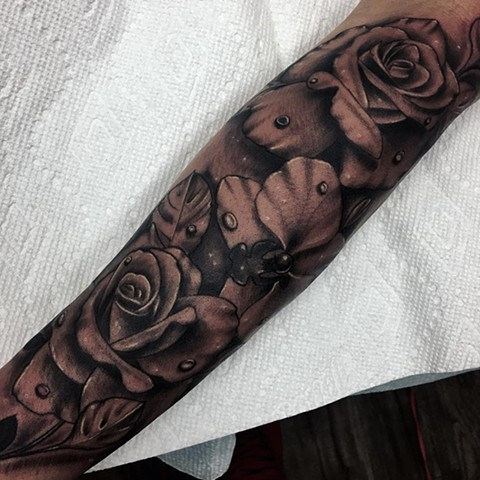 Roses Tattoo By Romeo Ostiguy Black And Grey Black Gold Tattoo Co