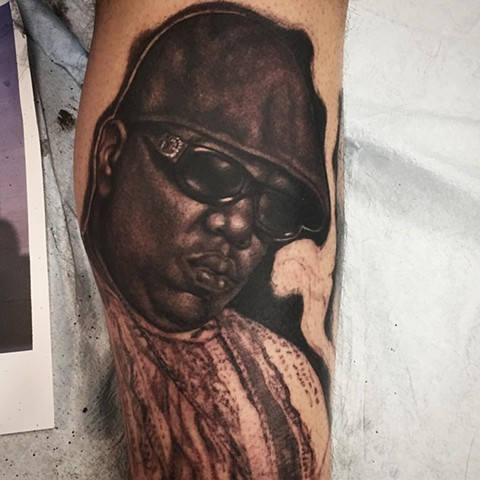 Biggie Portrait Tattoo By Steve Hayes Black And Grey Black Gold Tattoo Co