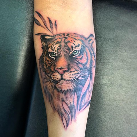 Tiger Tattoo By Amber Strange Color Black Gold Tattoo Co