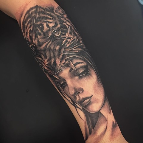 Women's Face and Tiger Tattoo By Sarah Michelle Black And Grey Black Gold Tattoo Co