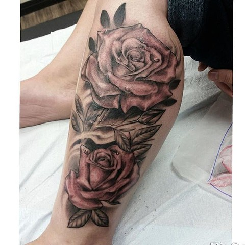 Roses Tattoo By Ashley Hoff Black And Grey Black Gold Tattoo Co