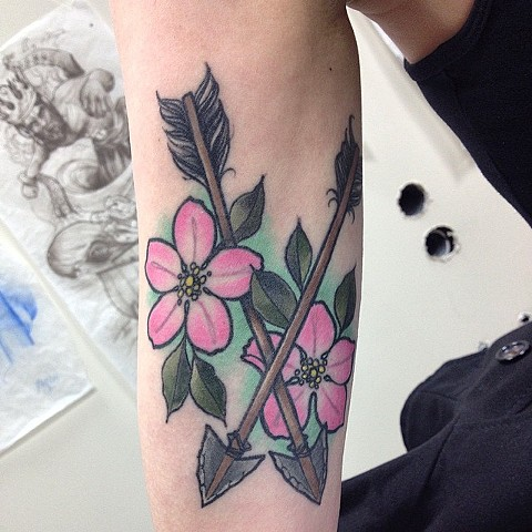 Flowers With Arrows Tattoo By Chad Clothier Color Black Gold Tattoo Co