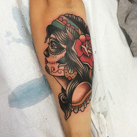 Traditional Day Of The Dead Girl Tattoo By Spencer Evans Color Black Gold Tattoo Co
