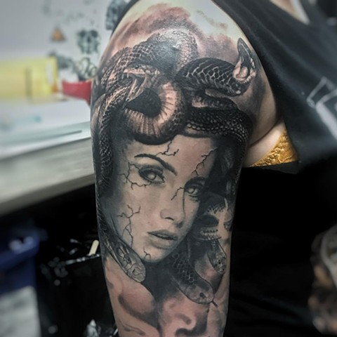 Medusa Tattoo By Alan Coates Black And Grey Black Gold Tattoo Co