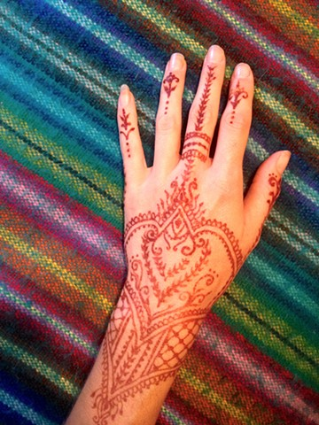 Henna Hand and Wrist design