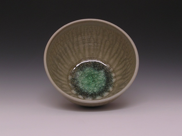 Hickory Ash Serving Bowl with Green Glass