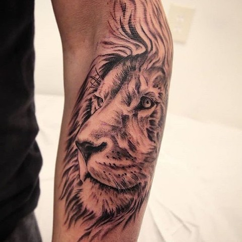 Christian DiMenna, Tattoo artist, Best tattoo, black and gray tattoo, Lion tattoo,  Ct tattooer