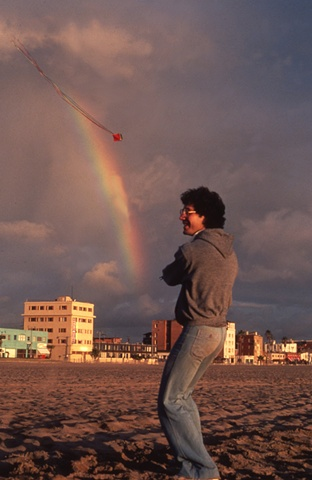 "Steve Edeiken"" flying his Rainbow Kites"