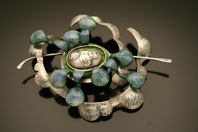 silver and enamel brooch with granulation, contemporary jewelry, enameling