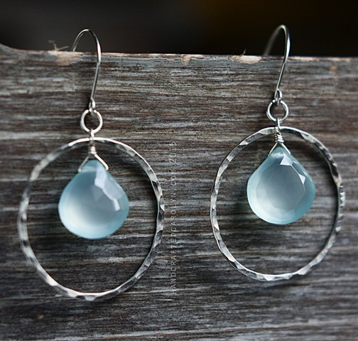 HAMMERED - Aqua Chalcedony with Hammered Hoop - Sterling Silver